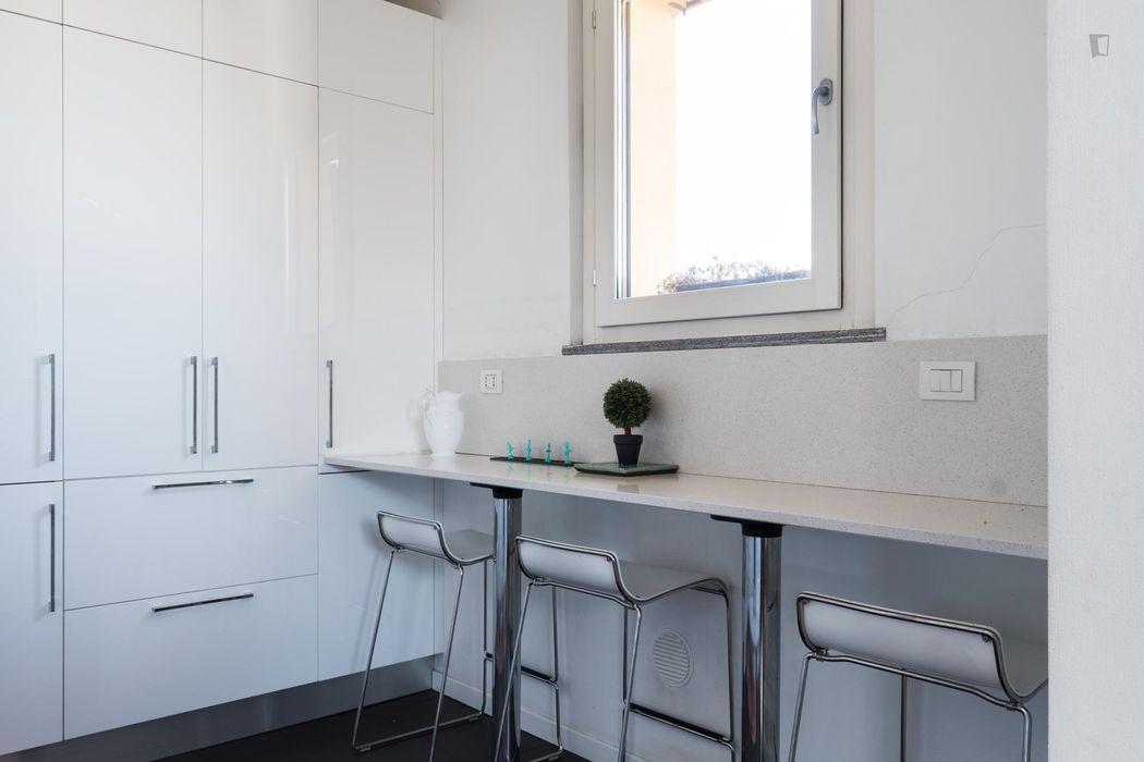 Cool single bedroom close to Bocconi