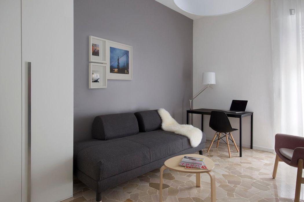 Bright 2-bedroom apartment near Piazza Don Luigi Borotti