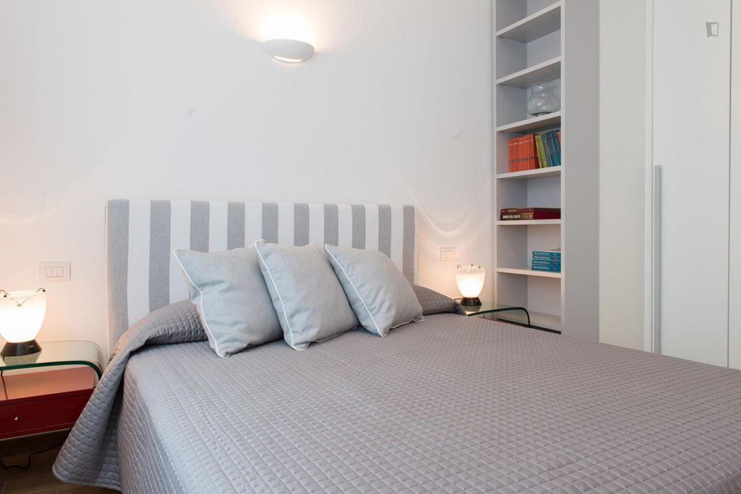 Stylish 1-bedroom apartment near Moscova metro station