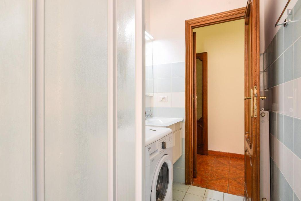 Bright single bedroom in Appio Latino neighbourhood