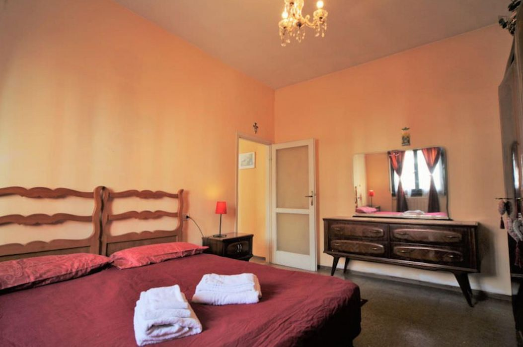 Alluring 1-bedroom apartment close to Novate Milanese train station
