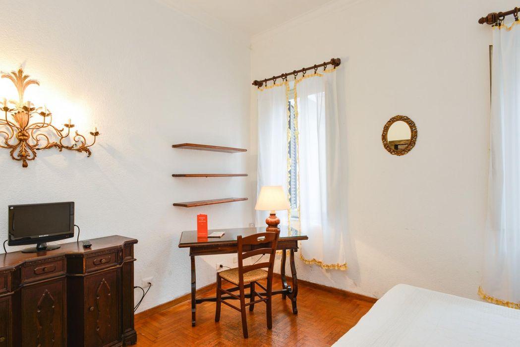 Bright 1-bedroom apartment in Trastevere