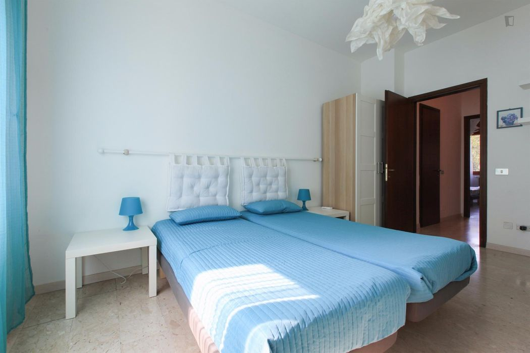 Beautiful twin bedroom close to Parco Nord Milano