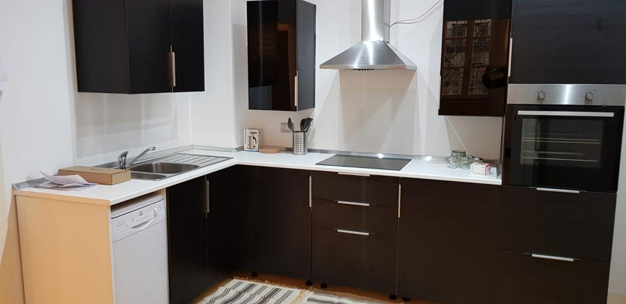 Single bedroom in a 3-bedroom apartment not far from Ottaviano metro station