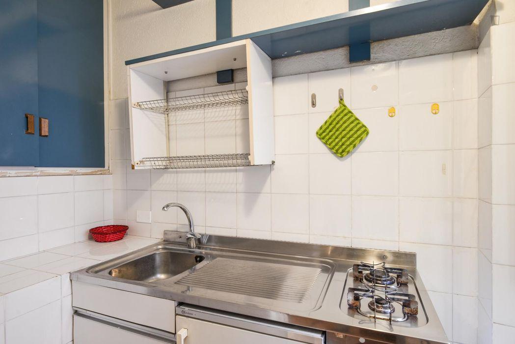 Nice 1-bedroom flat in proximity with the Università Degli Studi di Roma La Sapienza - Dipartimento di Biologia Ambientale