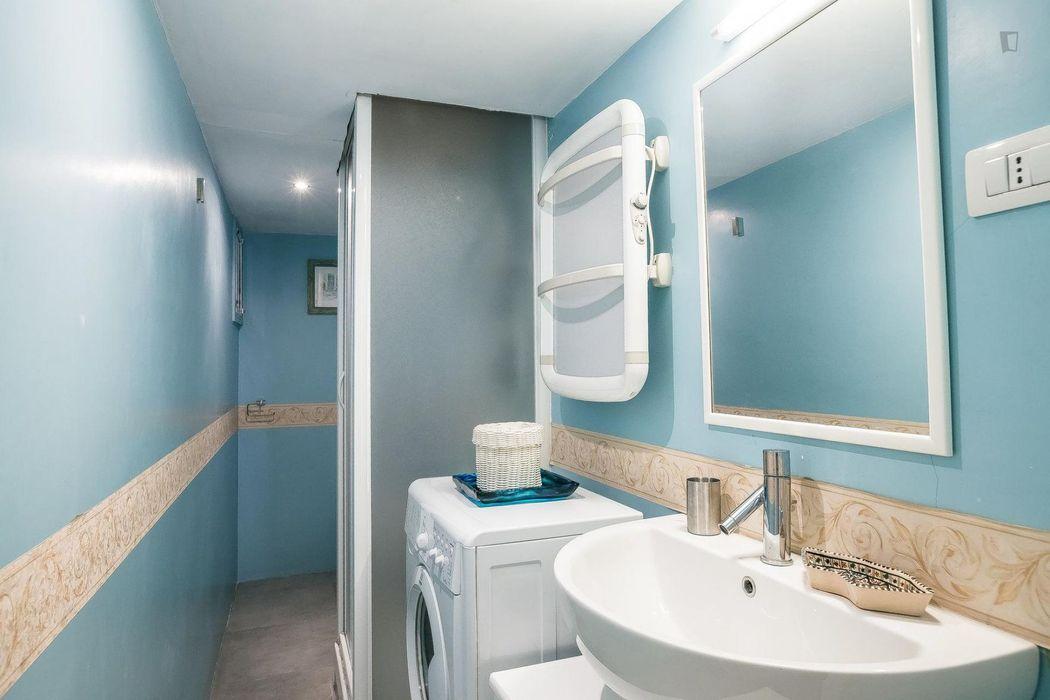Splendid 1-bedroom apartment in Rione I Monti