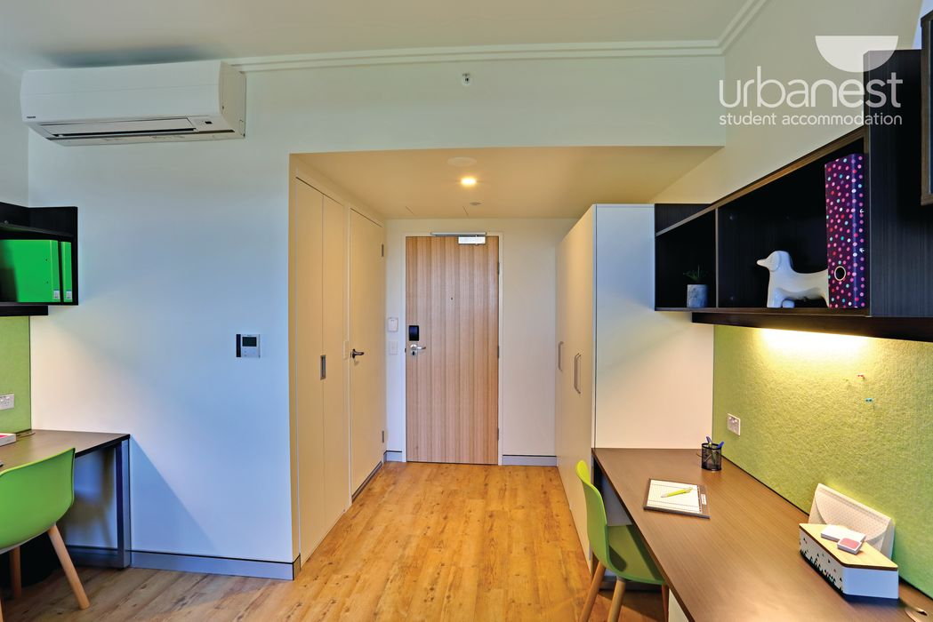 urbanest Darlington twin share room in 6 person apartment