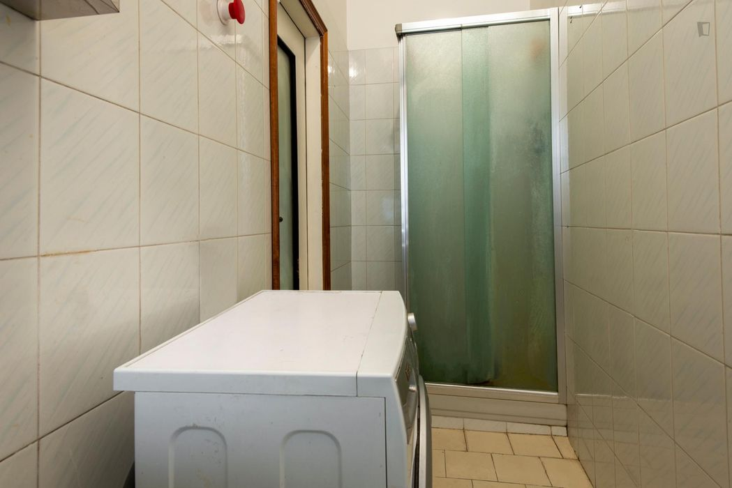 Bright single bedroom close to Corvetto metro station