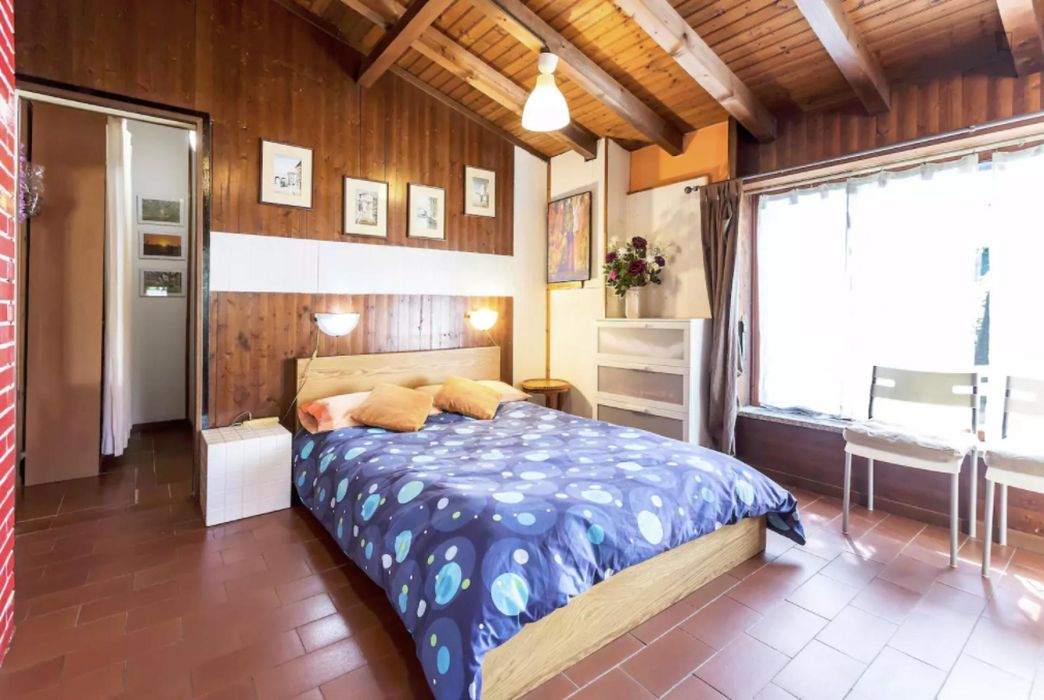 Lovely double bedroom with an outdoor area, close to the Parco delle Cave