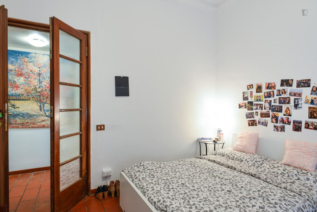 Cool double bedroom near Parioli bus station