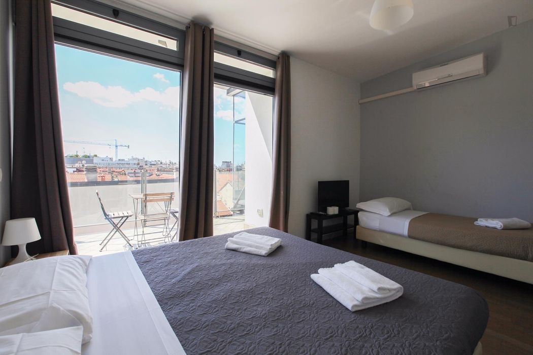 Iniviting twin bedroom close to Parco Trotter