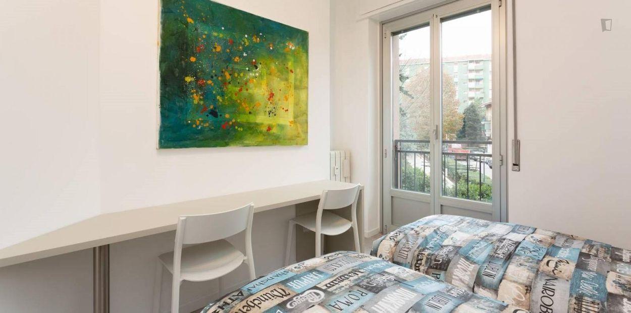 Bright 2-bedroom apartment near Comasina metro station