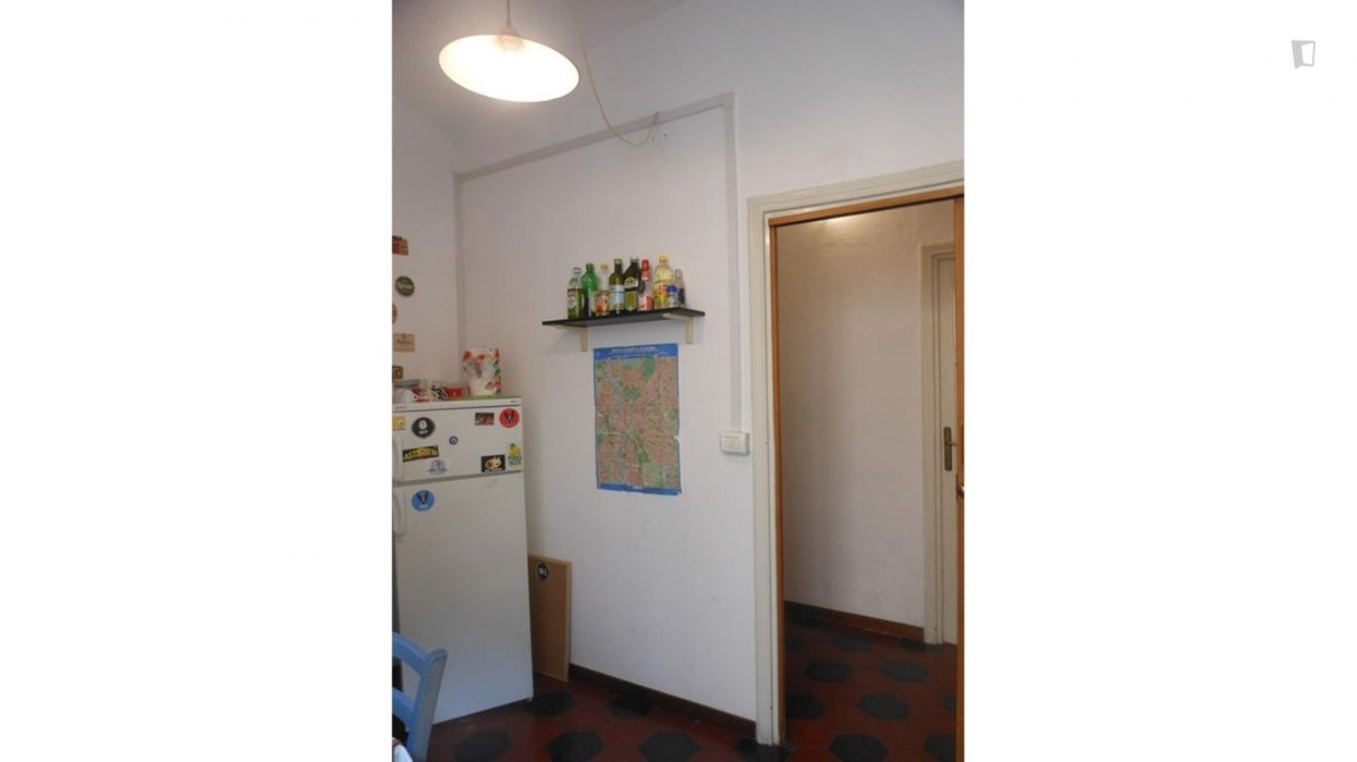 "Bright and large room near ""La Sapienza"" University and Metro lines - Room 1"