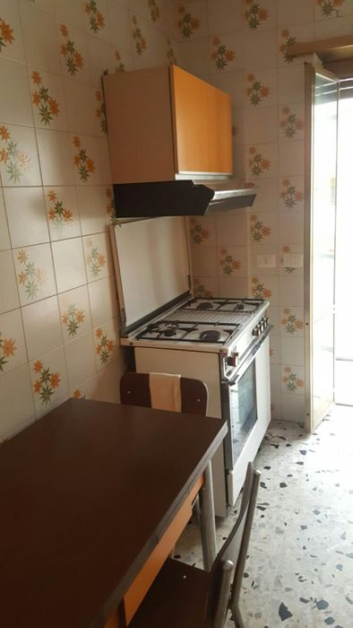 Twin bedroom in a 3-bedroom flat near Teano metro station