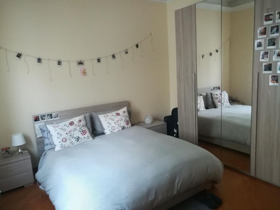 Homely double bedroom in Trieste