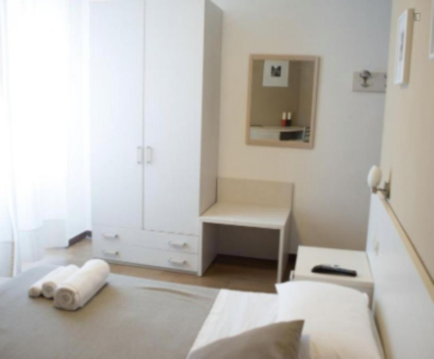 Luxury double ensuite bedroom next to Baldo degli Ubaldi metro station