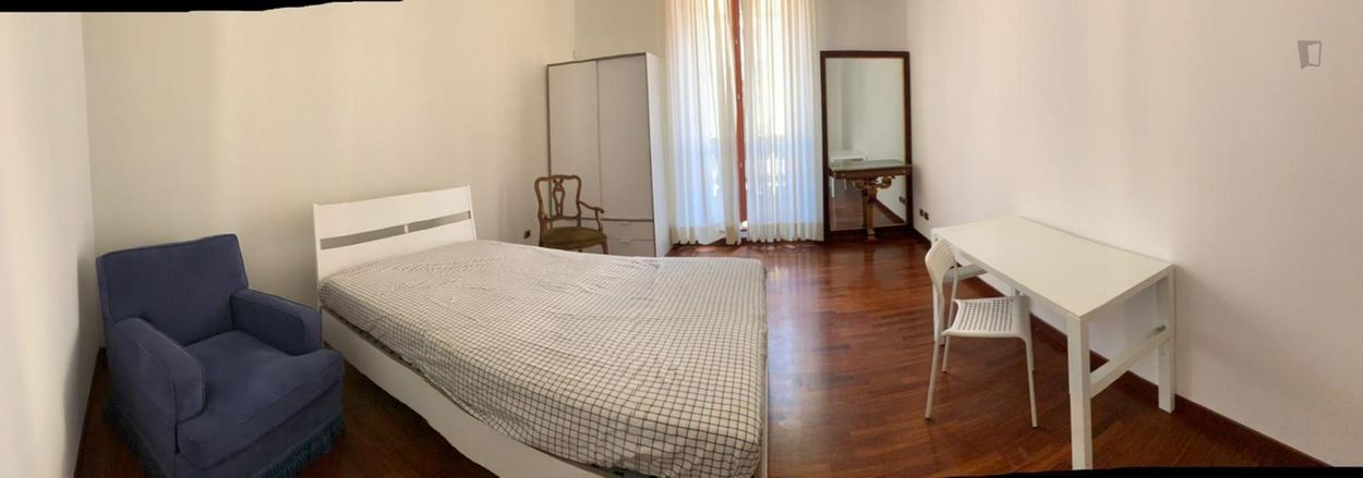Stunning double bedroom close to Conciliazione metro station