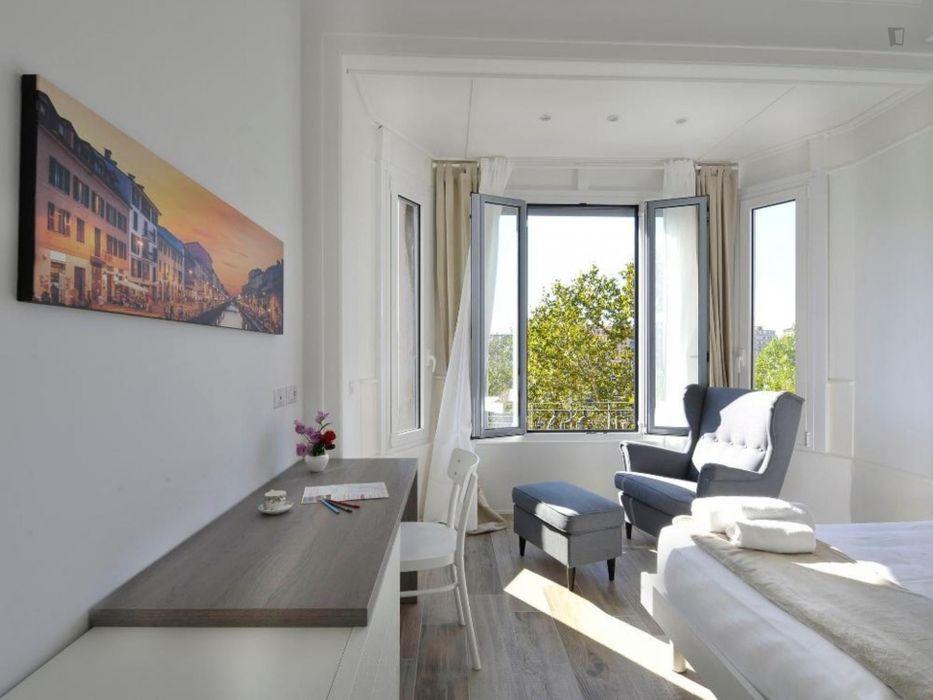 Alluring 1-bedroom flat in Centrale