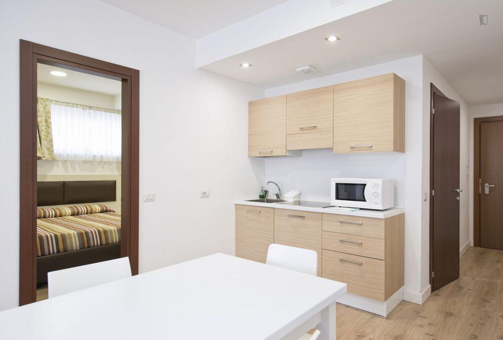 Inviting 2-bedroom flat in Ostiense