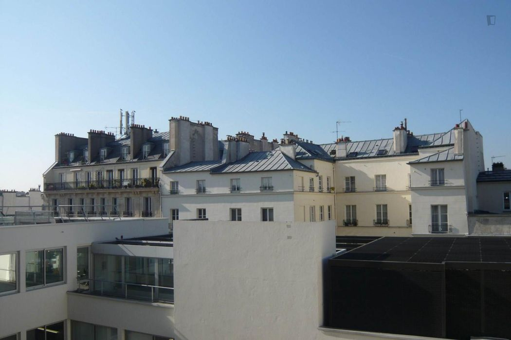Fancy studio apartment minutes away from Universite de Paris IV-Sorbonne