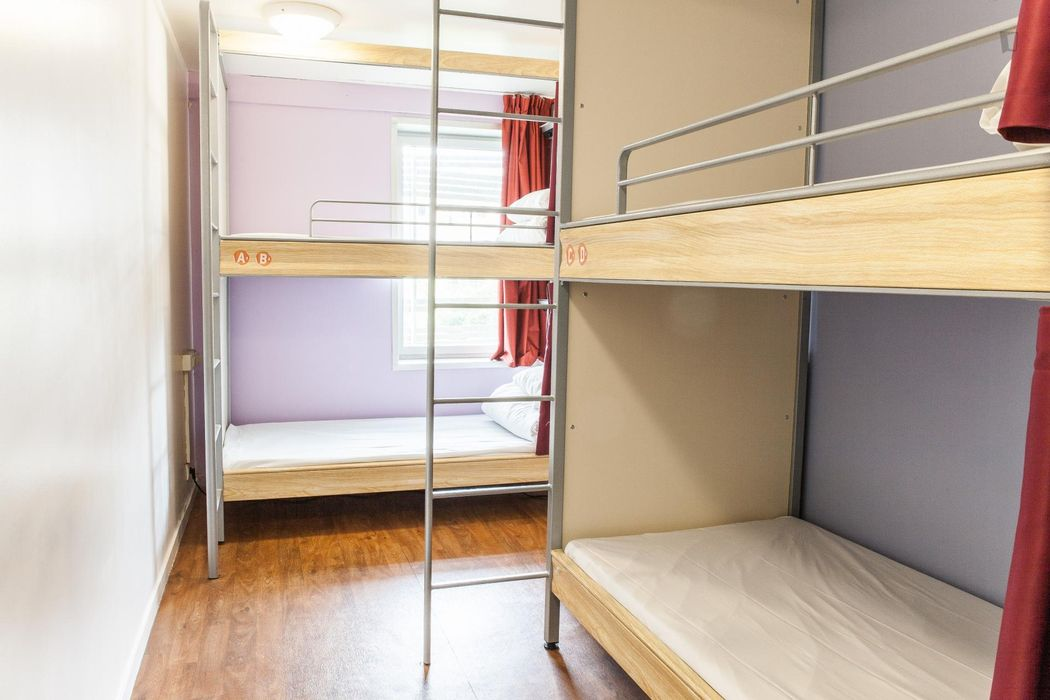 Comfy 4-Bed Dorm in a residence near Riquet metro station