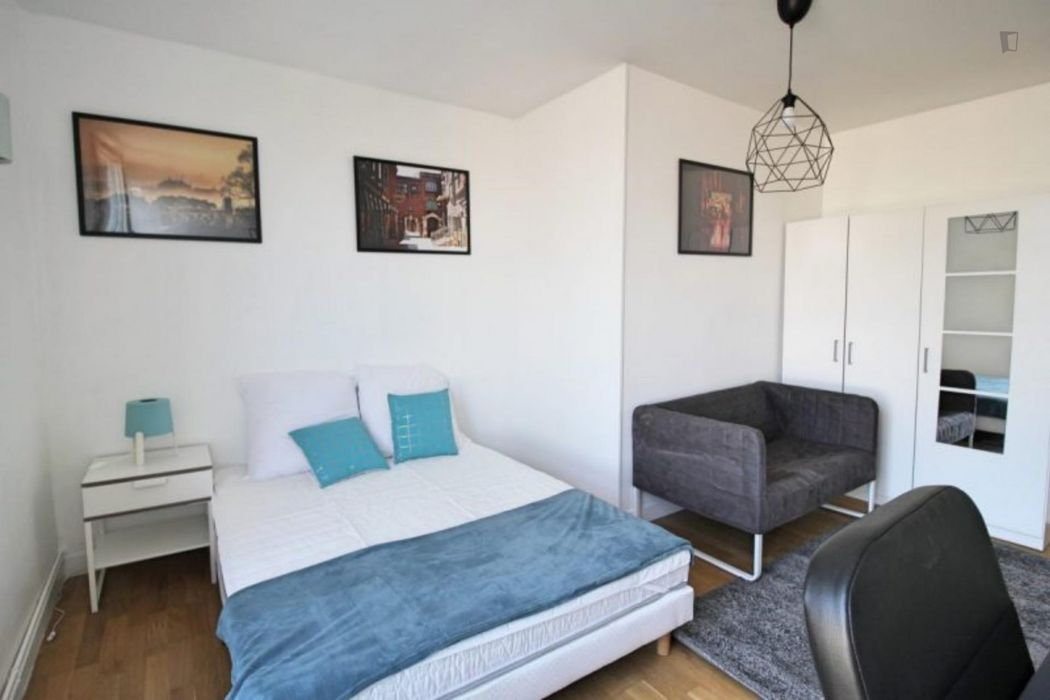 Admirable double bedroom near the Charonne metro