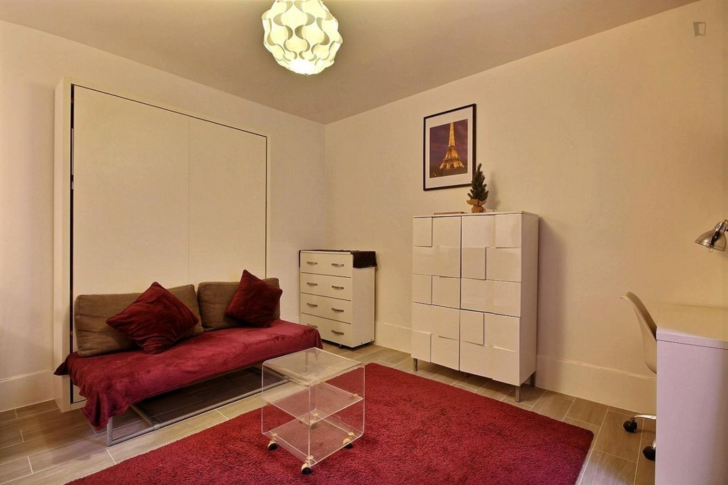 Bright studio apartment in Paris, near Abbesses subway station
