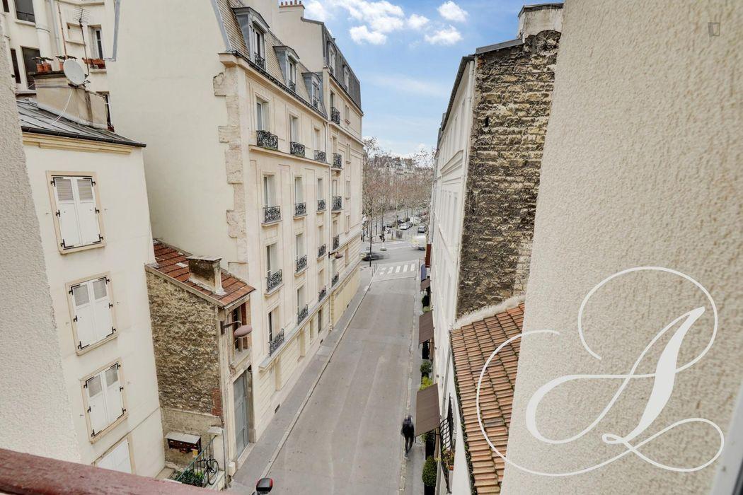 2 pièces de 27 m2 avec une vue dégagée - Monceau - Paris 17ème