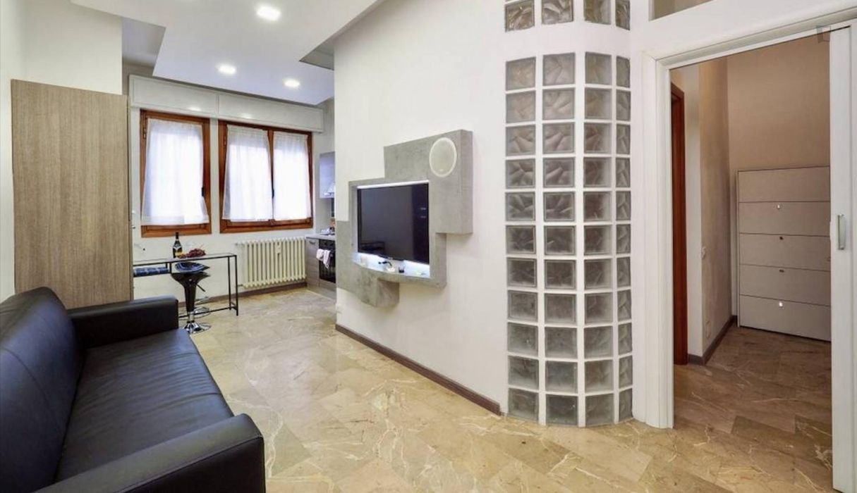 1-Bedroom apartment near Milano Porta Vittoria train station