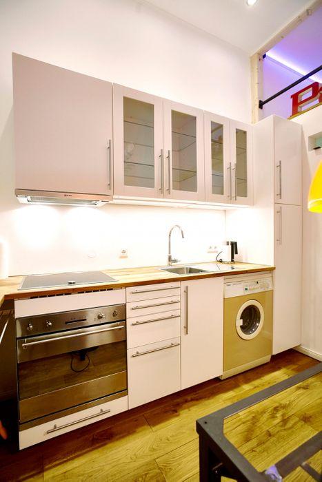 1-Bedroom apartment near Oberb. Markt/Warsch transport station
