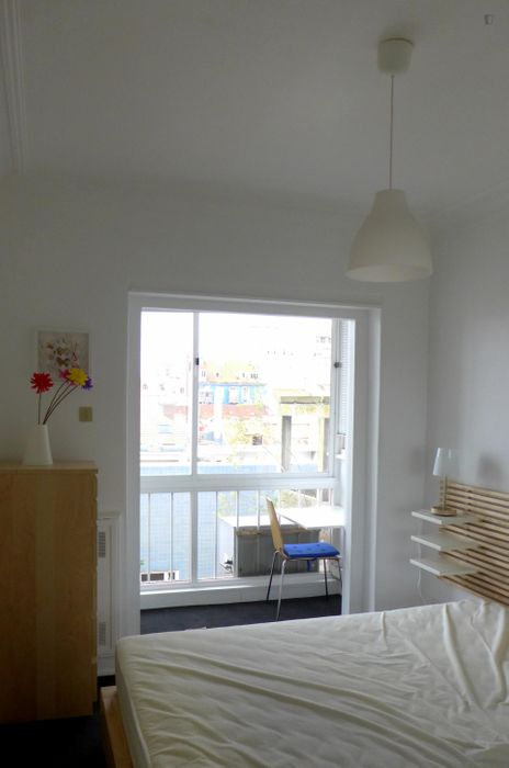 1-Bedroom apartment near Estátua do Duque da Terceira