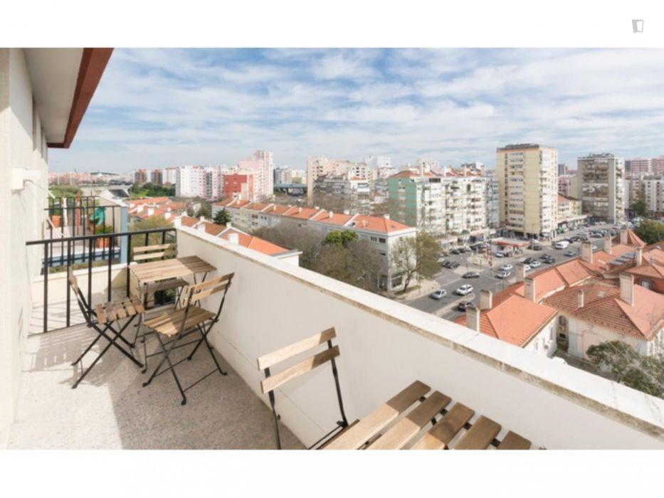 Nice single bedroom in Laranjeiras ref 6601