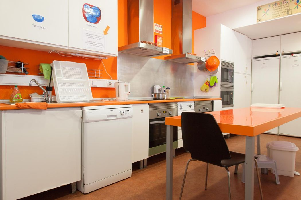 Fabulous double ensuite bedroom next to Rossio metro station