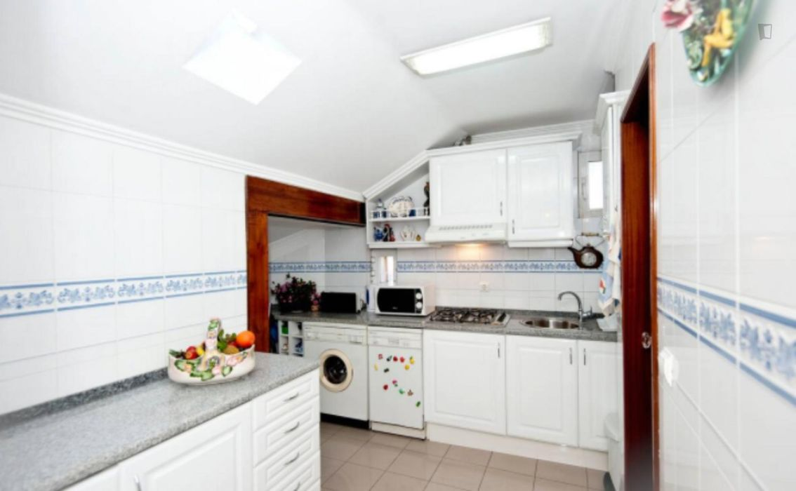 Lovely 2-bedroom apartment nearby Lisbon School of Economics and Management