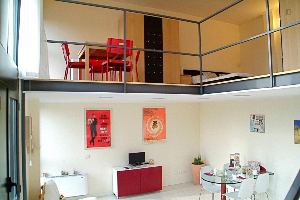 One bedroom loft in Precotto