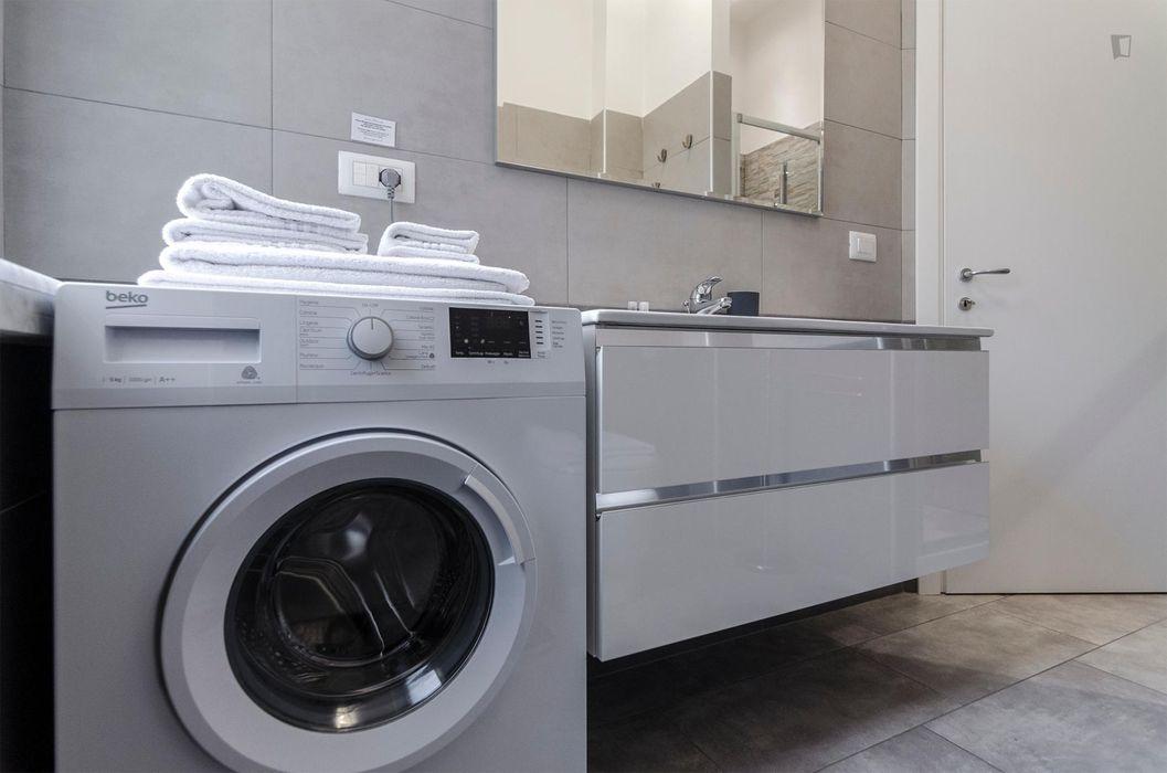 Spacious 1-bedroom apartment near Parco della Montagnola