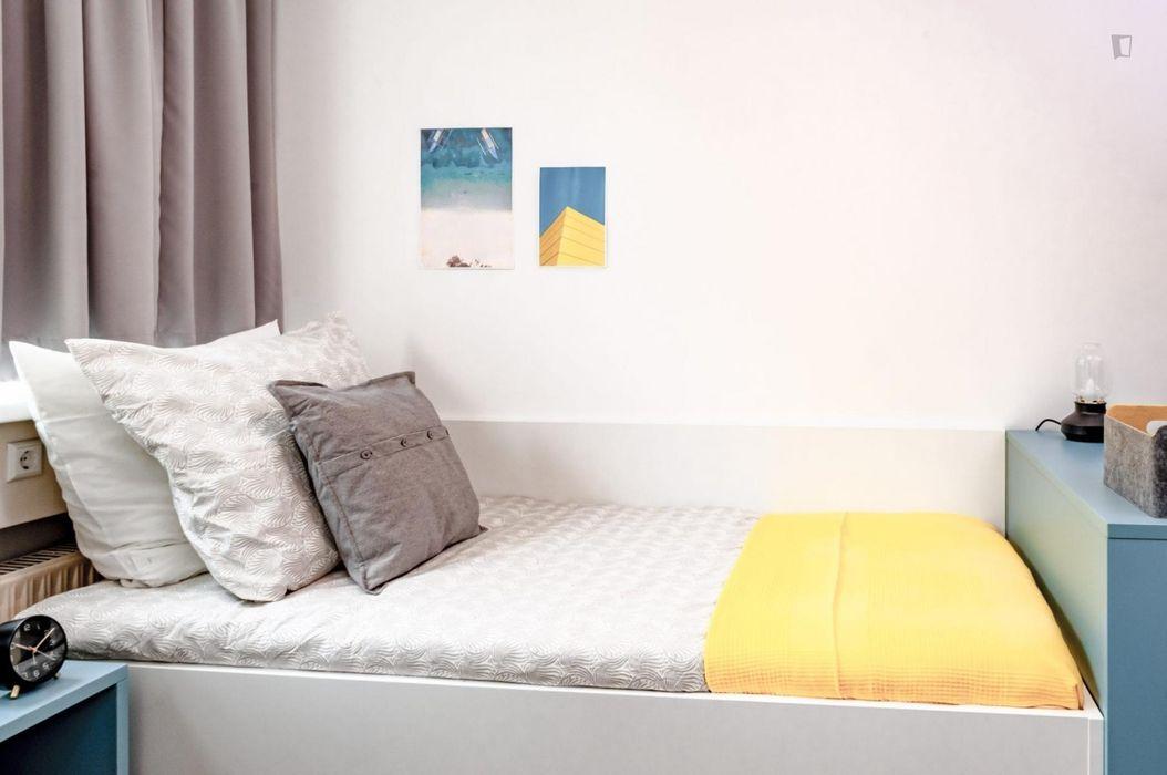 Unique single bedroom in Stuttgart