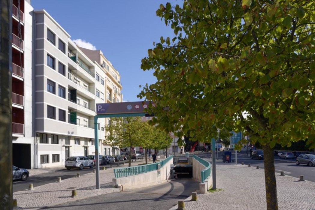 3-Bedroom apartment near Jardim da Fundação Calouste Gulbenkian