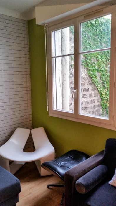 Modern single bedroom nearby Porte de Saint-Cloud metro station