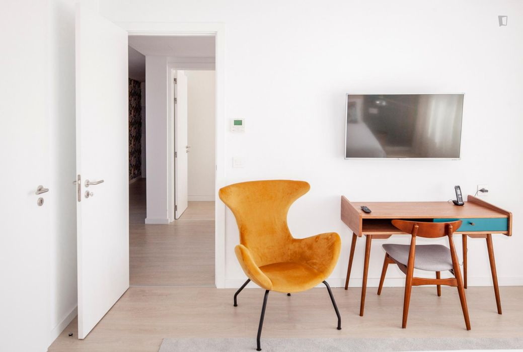 2-Bedroom apartment near Jardim do Campo Pequeno