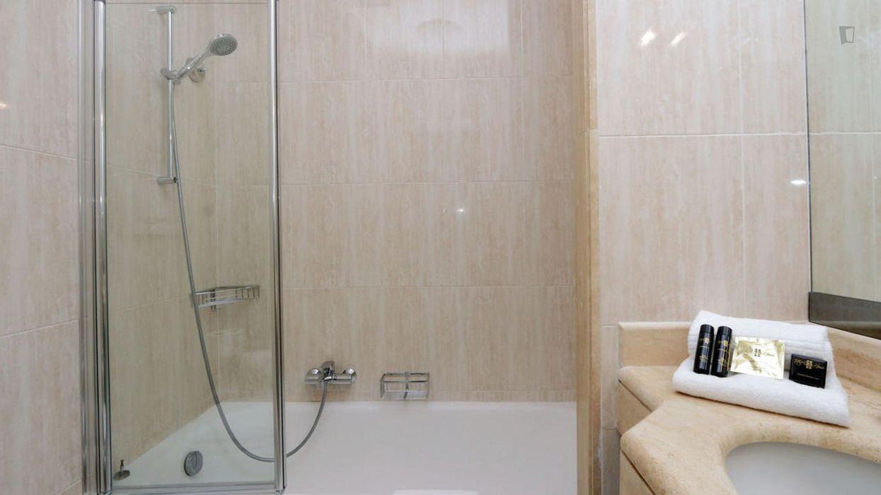 3-bedroom apartment