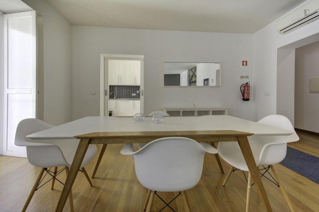 2-Bedroom apartment near IADE - Creative University