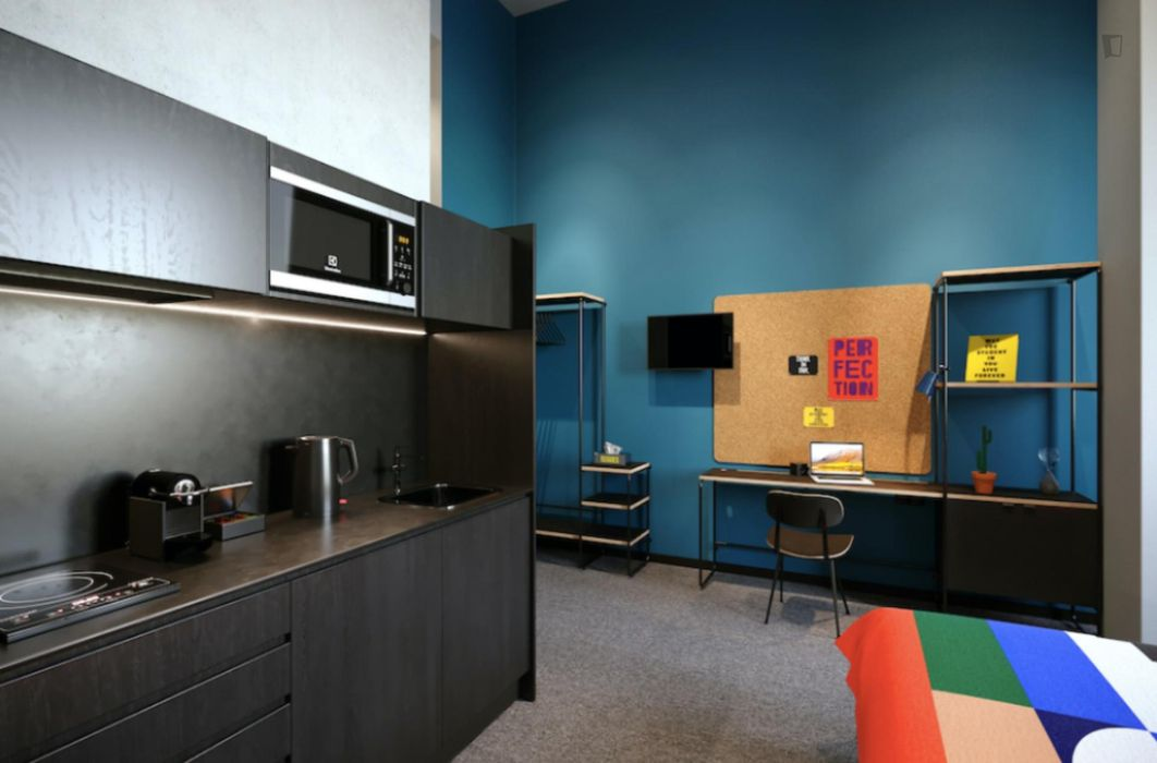 Modern studio, in a residence near Bologna Centrale train station