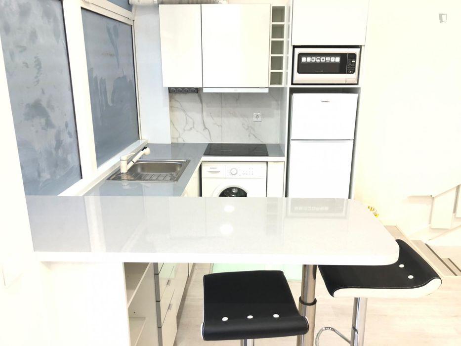 3-Bedroom apartment near Moscavide metro station