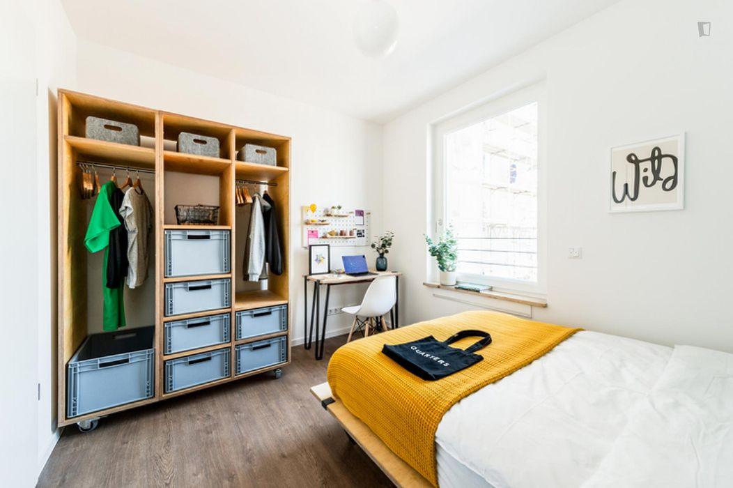 Amazing double bedroom in Moabit