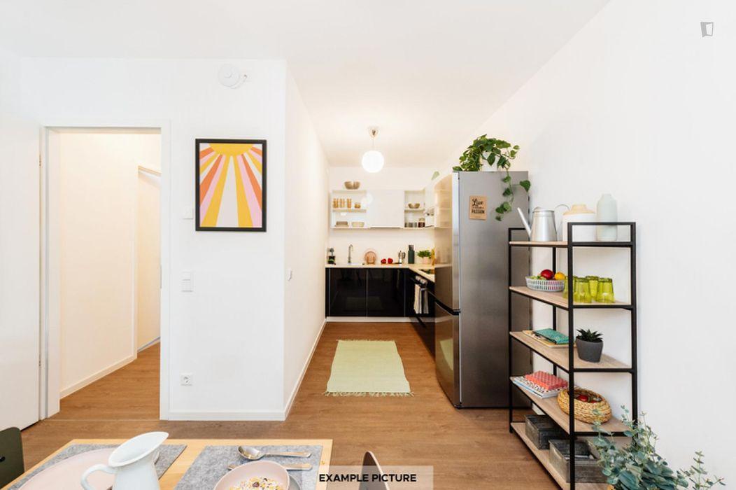 Bright single bedroom in Moabit