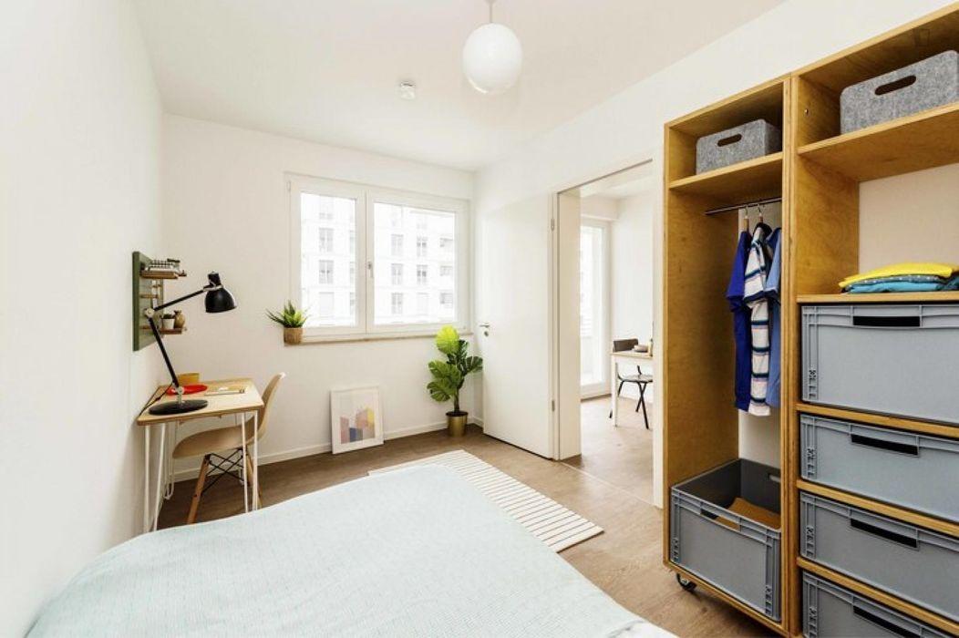 Incredible single bedroom in Moabit