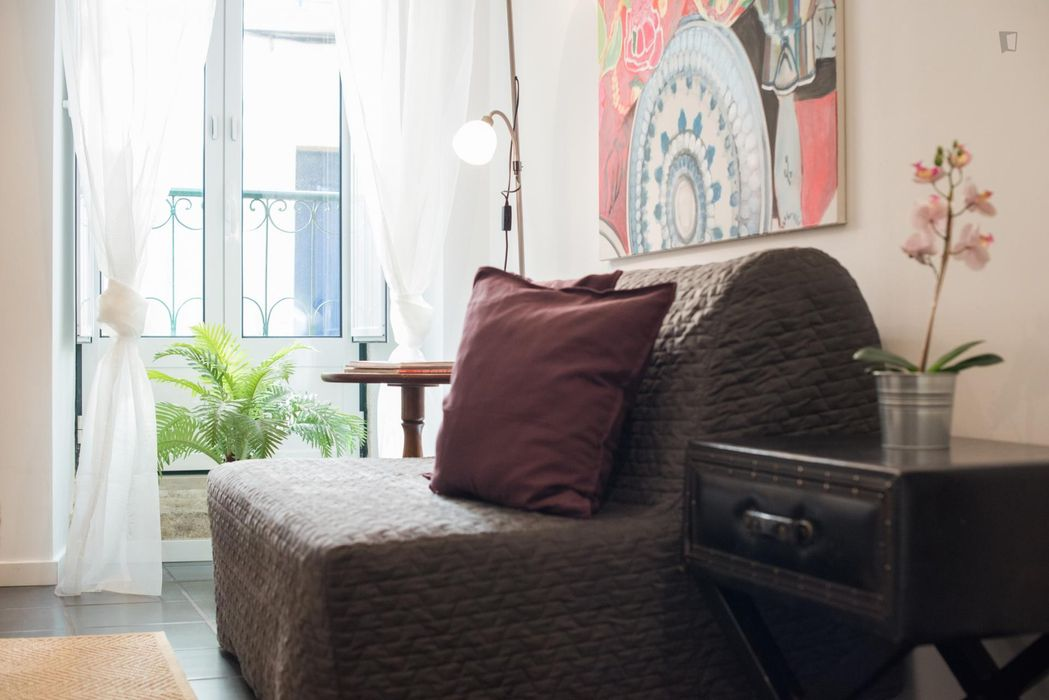 Comfy 1-bedroom flat, with outdoor area, in the heart o Santos