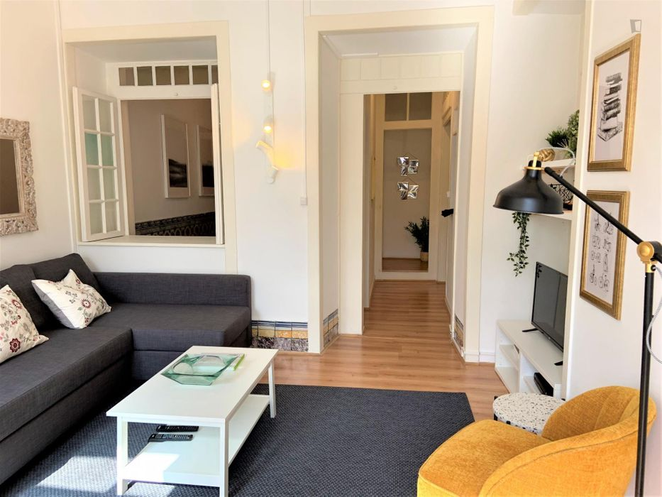 on of a king 2-bedroom flat in Bairro Alto