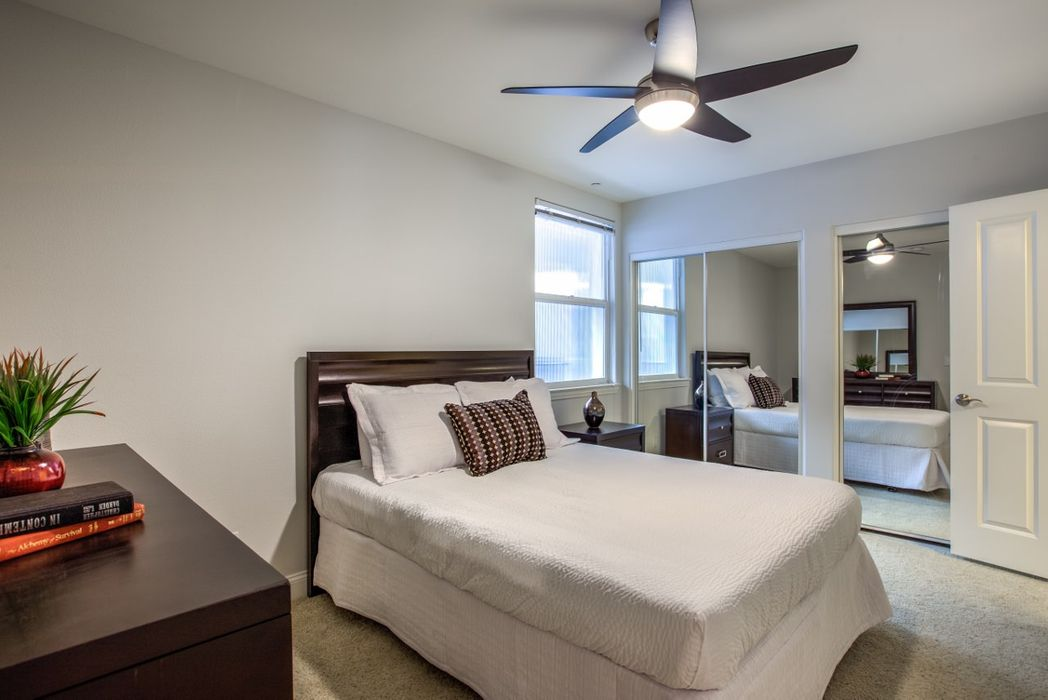 Student accommodation photo for Madison Toluca in Burbank, Los Angeles
